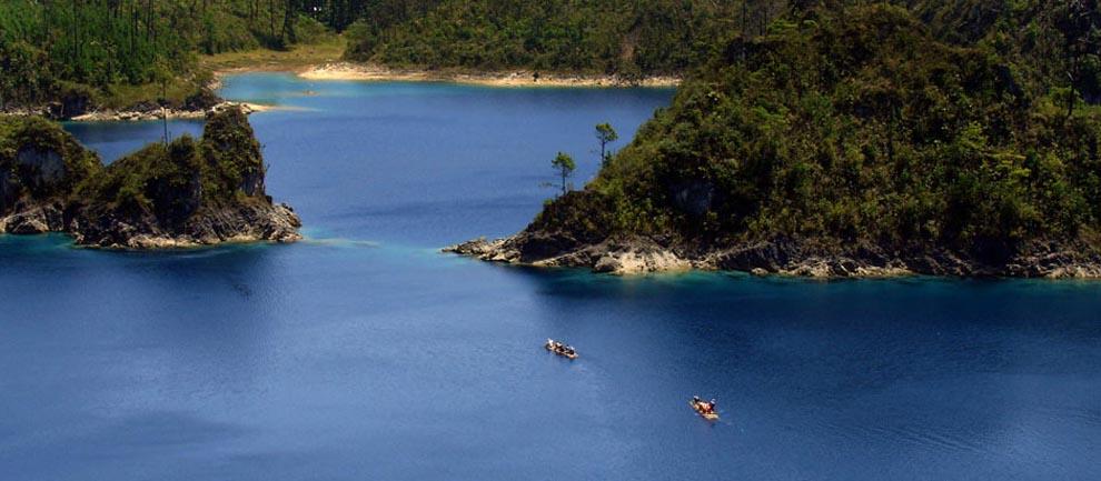 Lagunas de Montebello, uno de los lugares románticos en Chiapas